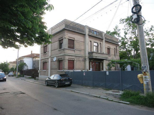 Craiova - modern_old